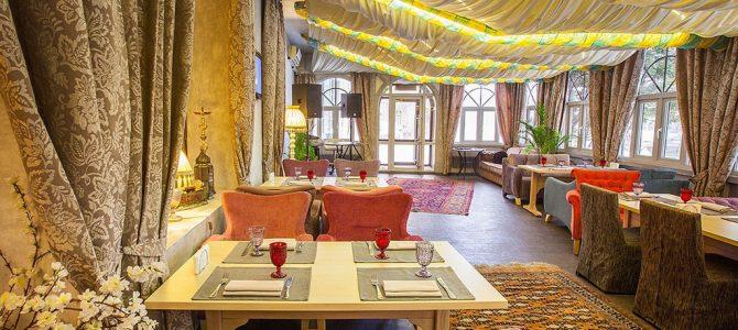 Круглосуточное кафе «Мармелад» на улице Гарибальди