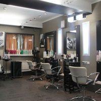 парикмахерский зал студии красоты на Кутузовском